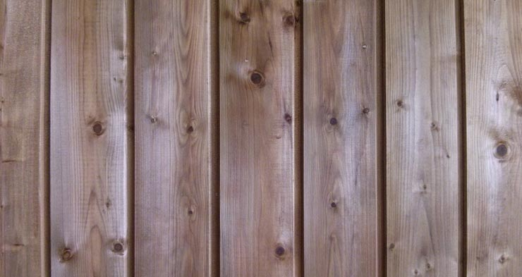 How to Seal Wood Siding